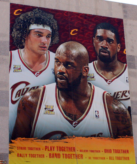 Cleveland Cavs Anderson Varejao, Shaquille O'Neal  and Leon Powe