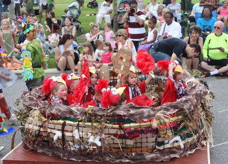 Kids in a birds nest at Parade the Circle in University Circle