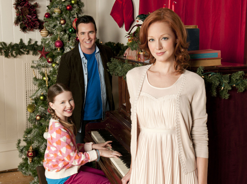 Lindy Booth and Paul McGillion star in Christmas Magic   a Hallmark    Paul Mcgillion Christmas Magic