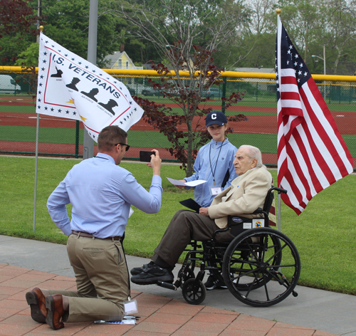 World War II veteran telling his story
