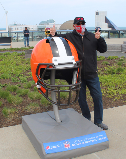 Ohio State Buckeye and Cleveland Browns fan