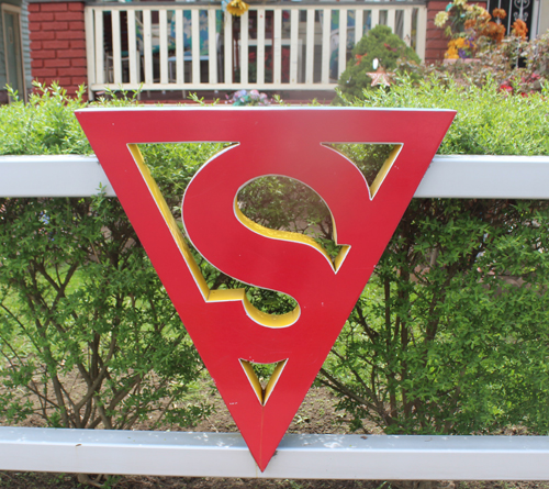 Superman logo on home of Jerry Siegel