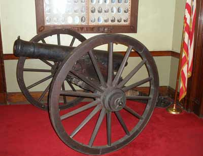 Cannon Inside the The Cleveland Grays Armory Museum