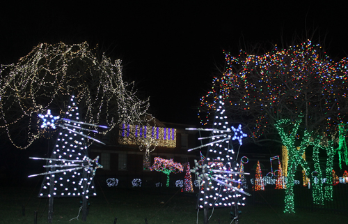GE Nela Park Christmas Light Display 2015 in East Cleveland