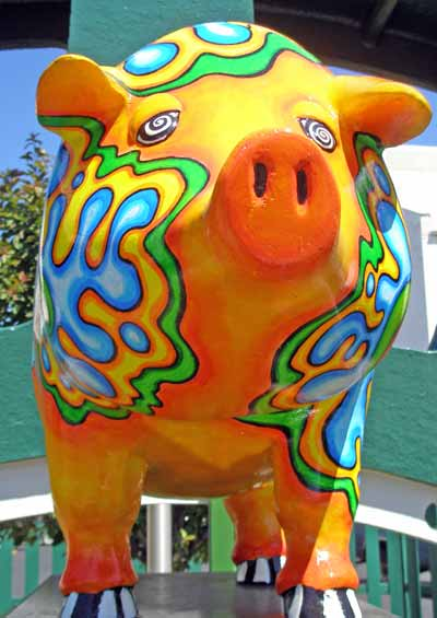 Pyschedelic Pig Sculpture on St Clair