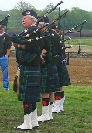 MacCallum Highlanders Pipes and Drums - from Youngstown, Ohio