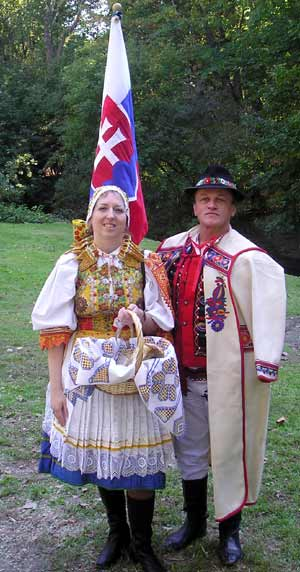 Slovak-Americans Denise Ivan-Antus and George Terbrack