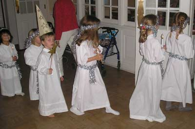 Santa Lucia procession with young Swedish-American boys and girls