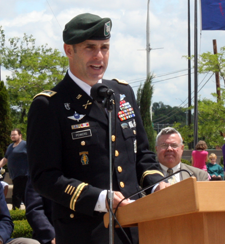 Lt Col Patrick Powers, Commanding Officer of the US Army Recruiting Battalion in Cleveland
