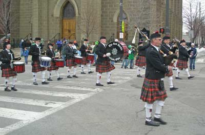 The Red Hackle Pipes and Drums
