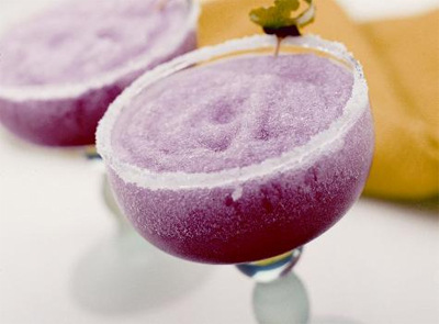 Frozen cranberry margarita