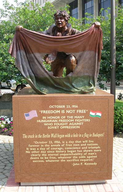 Freedom Fighter Statue of the 1956 Hungarian Revolution in Cleveland's Cardinal Mindszenty Plaza