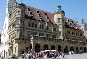 Rathaus (City Hall) on the market square in Rotenburg