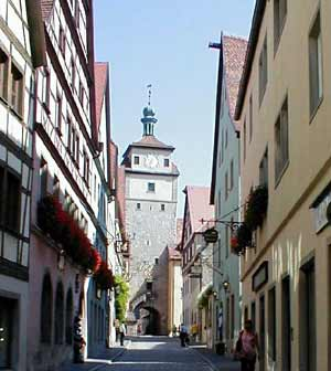 Weisserturm or White Tower built 1172