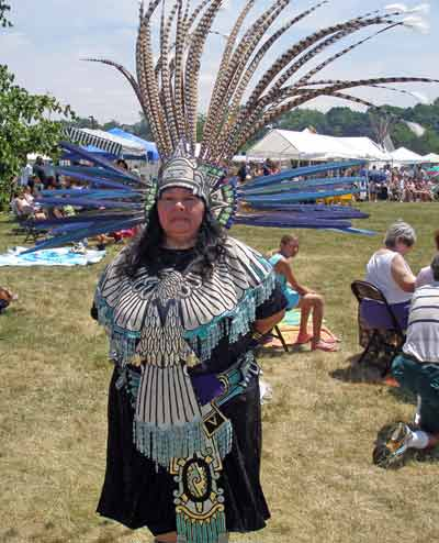 ateck Aztek Indian woman - Cleveland Powwow
