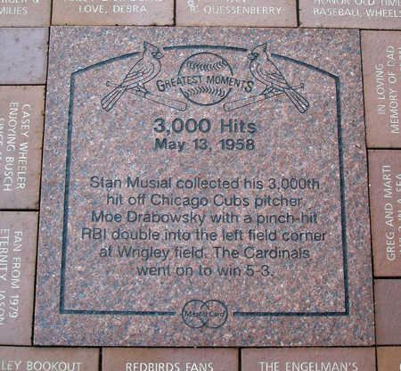 Stan Musial gets 3000 hits