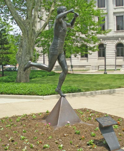 Jesse Owens statue in Cleveland Ohio