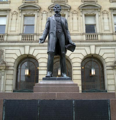 Abraham Lincoln statue in Cleveland Ohio