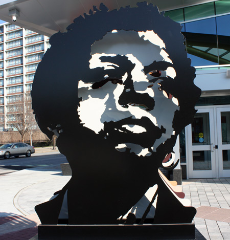 Stephanie Tubbs Jones sculpture at RTA station in Cleveland