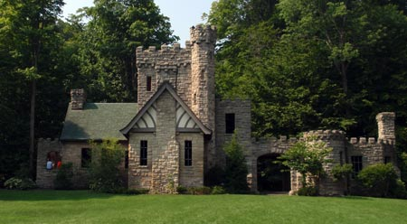 Squire's Castle at North Chagrin Reservation in Cleveland - photos by Dan Hanson