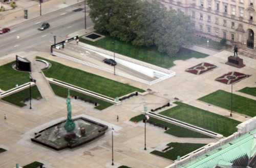 Peace Memorial on the Mall and Lincoln Statue from the Terminal Tower Observation Deck - photo by Dan Hanson