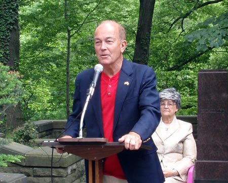 Ben Stefanski speaks at One World Day 2009 in the Polish Cultural Garden