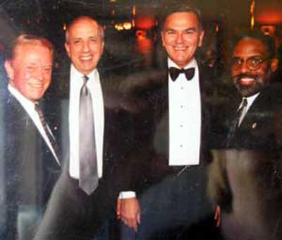 Del Spitzer with Al Lerner, Plain Dealer publisher Alex Machaskee and Cleveland Mayor Michael White