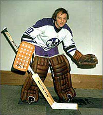 Hockey great Gerry Cheevers