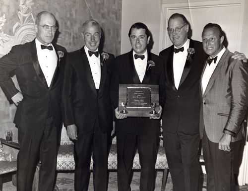 Thomas Eakin receives Sport Magazine Award at ceremonies in Washington DC on Pro Basevall's 100th anniversary 7-21-1969.  Supreme Court Justice Byron R. White, Joe DiMaggio, Baseball Commissioner Nowie K. Kuhn, and Stan Musial
