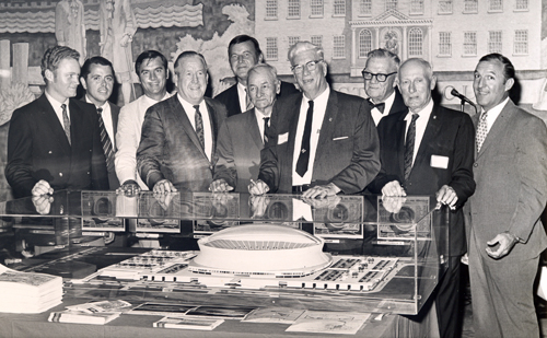 Tom Eakin at unveiling of model of the Superdome